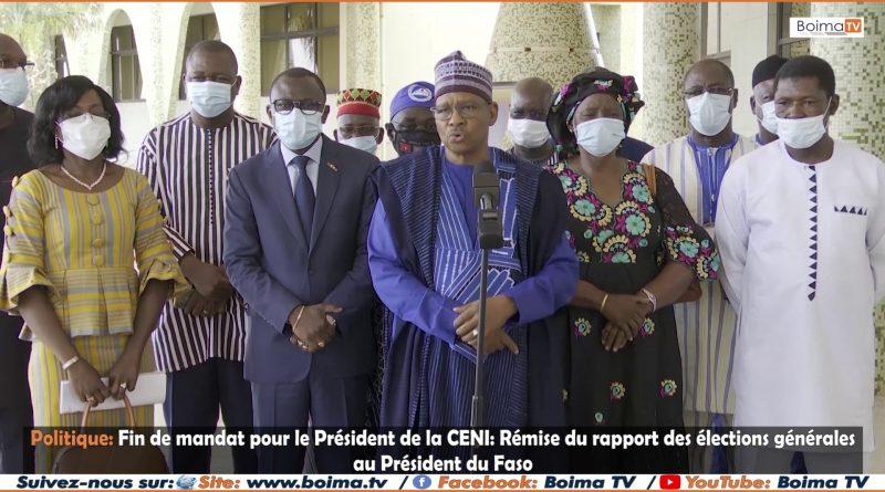 En fin de mandat à la tête de la Commission Électorale Nationale Indépendante (CENI), 𝐥𝐞 𝐏𝐫𝐞́𝐬𝐢𝐝𝐞𝐧𝐭 𝐬𝐨𝐫𝐭𝐚𝐧𝐭 𝐍𝐞𝐰𝐭𝐨𝐧 𝐀𝐡𝐦𝐞𝐝 𝐁𝐀𝐑𝐑𝐘 𝐞𝐭 𝐬𝐞𝐬 𝐜𝐨𝐥𝐥𝐚𝐛𝐨𝐫𝐚𝐭𝐞𝐮𝐫𝐬, 𝐨𝐧𝐭 𝐫𝐞𝐦𝐢𝐬 𝐚𝐮 𝐏𝐫𝐞́𝐬𝐢𝐝𝐞𝐧𝐭 𝐝𝐮 𝐅𝐚𝐬𝐨, 𝐥𝐞𝐮𝐫 𝐫𝐚𝐩𝐩𝐨𝐫𝐭 𝐝𝐞𝐬 𝐞́𝐥𝐞𝐜𝐭𝐢𝐨𝐧𝐬 𝐠𝐞́𝐧𝐞́𝐫𝐚𝐥𝐞𝐬.